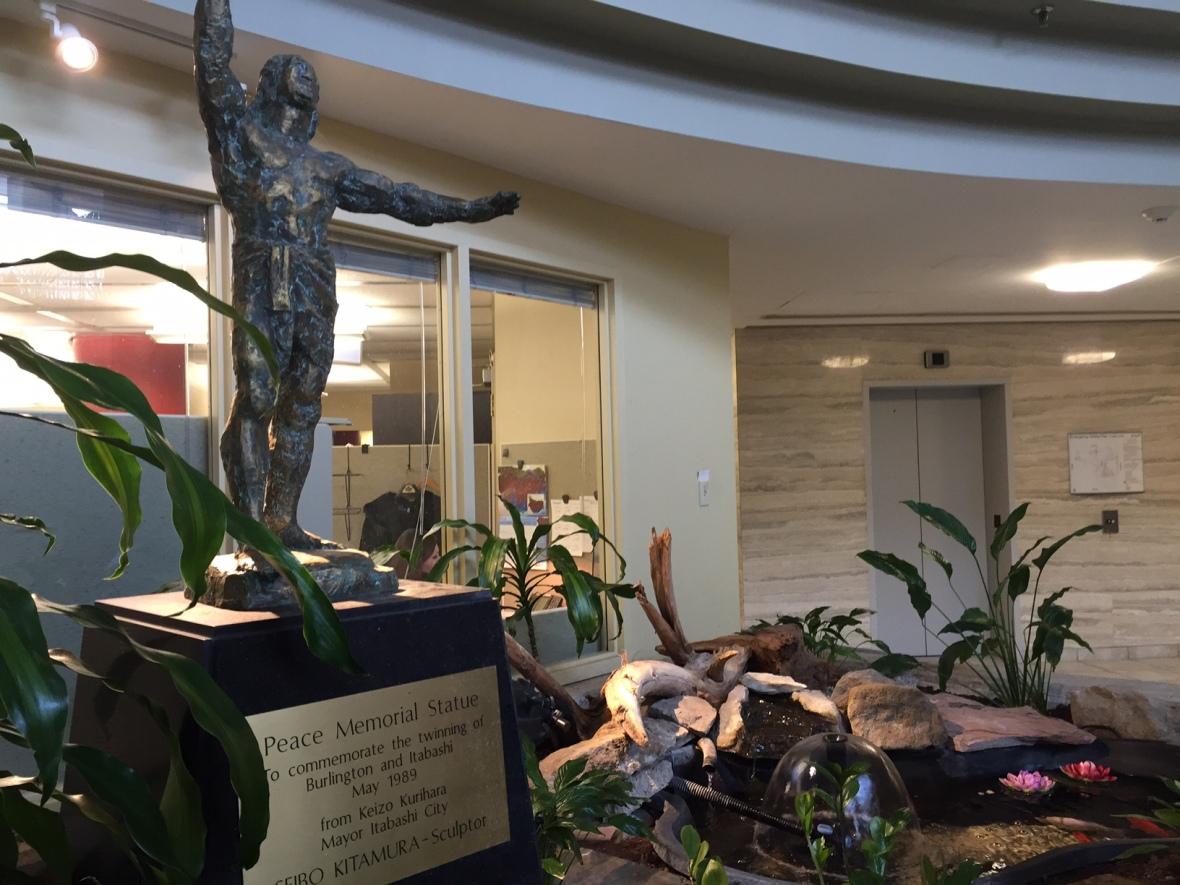 Peace Memorial Statue by Seibo Kitamura